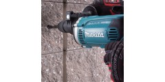 TALADRO PERCUTOR MAKITA HP1631K 710W 13MM